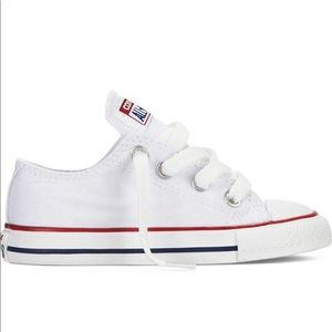 New in Box Kids Chuck Taylor All Star Core Ox